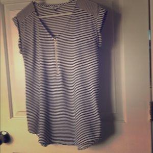 Express black/white strip dress shirt
